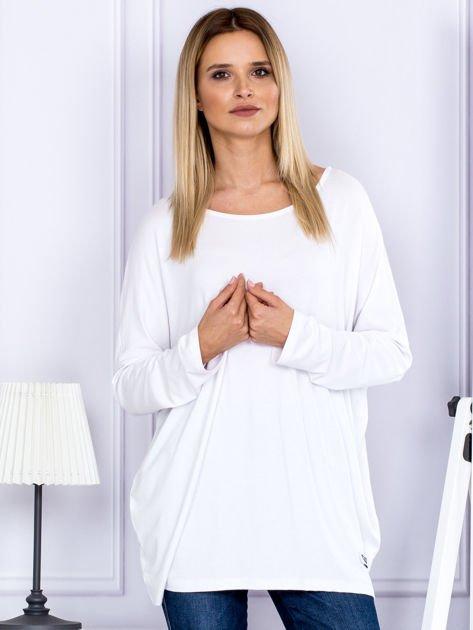 Bluzka damska oversize biała                              zdj.                              1