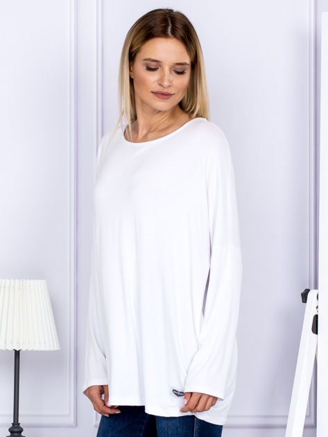 Bluzka damska oversize biała                              zdj.                              5