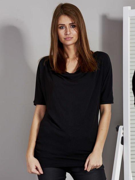 Bluzka damska z lejącym dekoltem czarna                              zdj.                              1