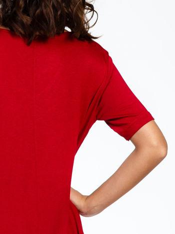 Bordowa luźna sukienka z asymetrycznym dołem                                  zdj.                                  9