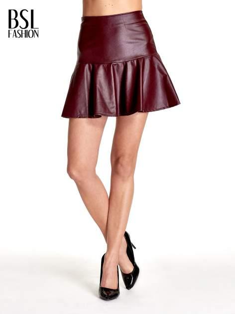 Bordowa skórzana spódnica mini z falbaną                              zdj.                              1