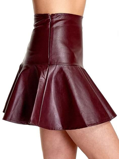 Bordowa skórzana spódnica mini z falbaną                                  zdj.                                  6