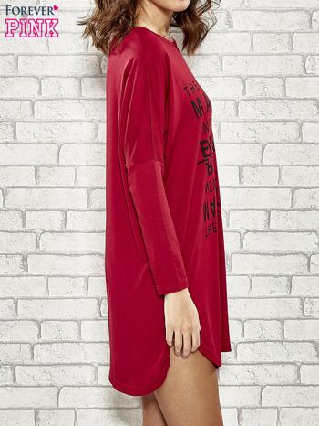 Bordowa sukienka z napisem NEW YORK CITY                                  zdj.                                  3
