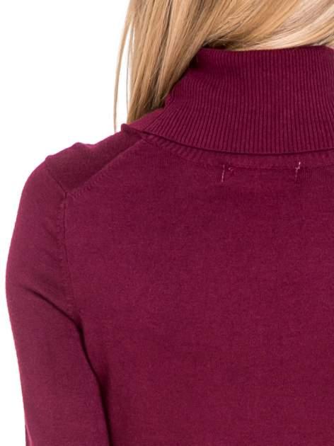 Bordowa swetrowa sukienka z golfem                                  zdj.                                  6