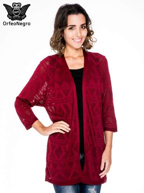 Bordowy sweter narzutka o geometrycznym splocie                                  zdj.                                  1