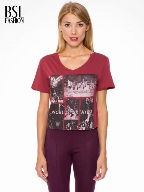 Bordowy t-shirt cropped z nadrukiem basketball