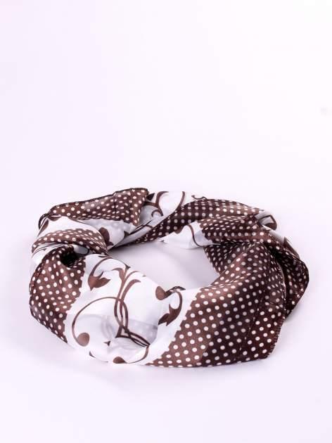 Brązowa chusta apaszka w groszki z ornamentem roślinnym                                  zdj.                                  2