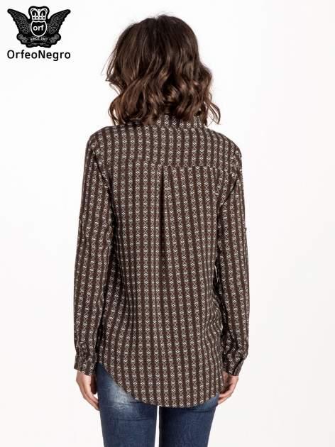 Brązowa koszula w geometryczne wzory                                  zdj.                                  3