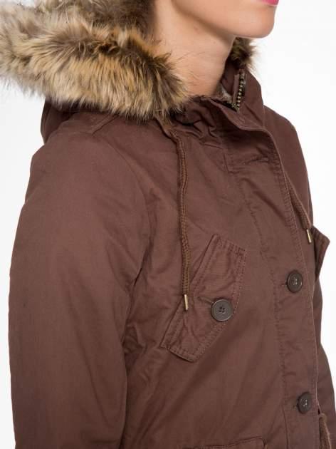 Brązowa kurtka typu parka z futrzanym kapturem                                  zdj.                                  9