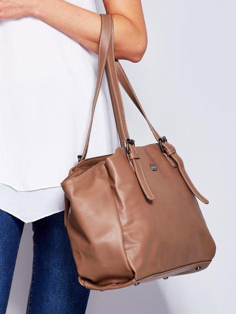 Brązowa miękka torba w miejskim stylu                              zdj.                              3