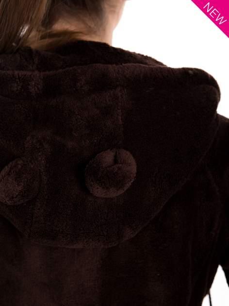 Brązowa pluszowa bluza z kapturem z uszkami i pomponami                                  zdj.                                  9