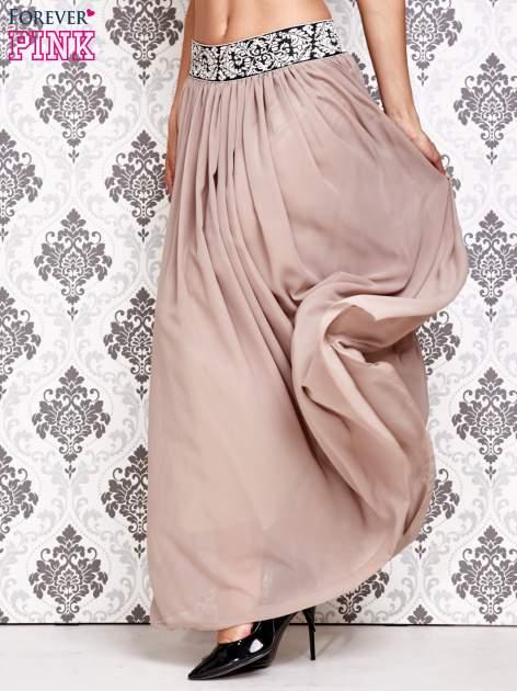 Brązowa spódnica maxi z wyszywanym paskiem                                  zdj.                                  3