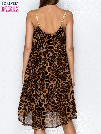 Brązowa sukienka w panterkę na złotych ramiączkach                                  zdj.                                  2