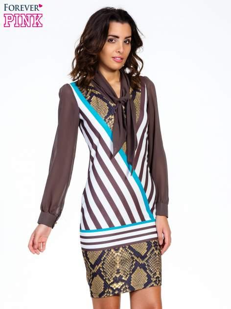 Brązowa sukienka z  wiązaniem przy dekolcie i nadrukiem skóry węża