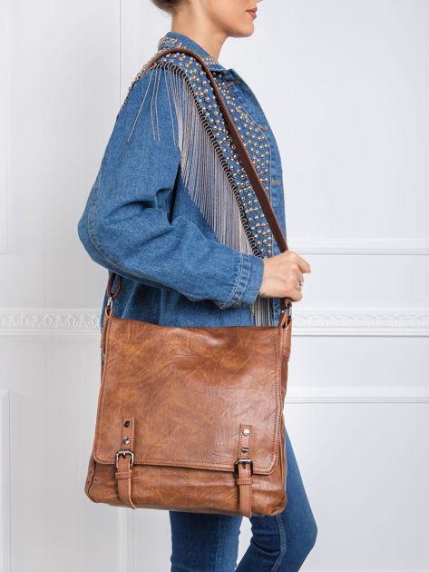 Brązowa torba na ramię