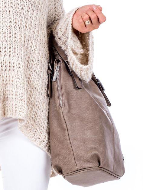 Brązowa torba o plecionej fakturze                              zdj.                              3