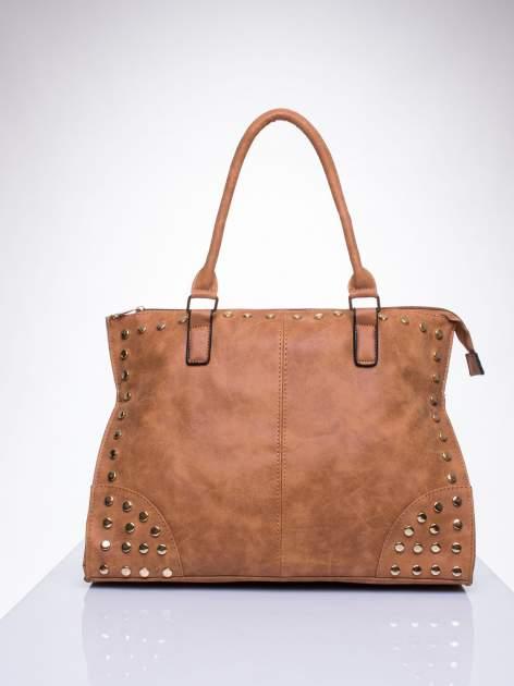 Brązowa torba shopper bag ze złotymi ćwiekami
