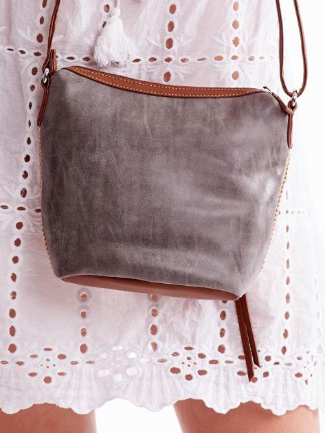 Brązowa torebka damska z plecionym modułem                              zdj.                              4