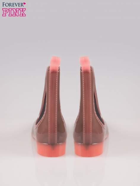 Brązowe niskie kalosze w stylu sztybletów z koralowymi detalami                                  zdj.                                  3