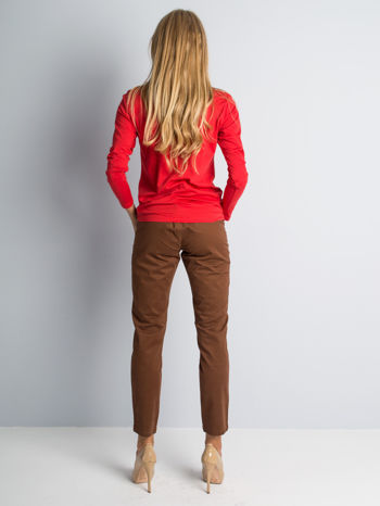 Brązowe spodnie materiałowe z przeszyciami na kolanach                                  zdj.                                  5