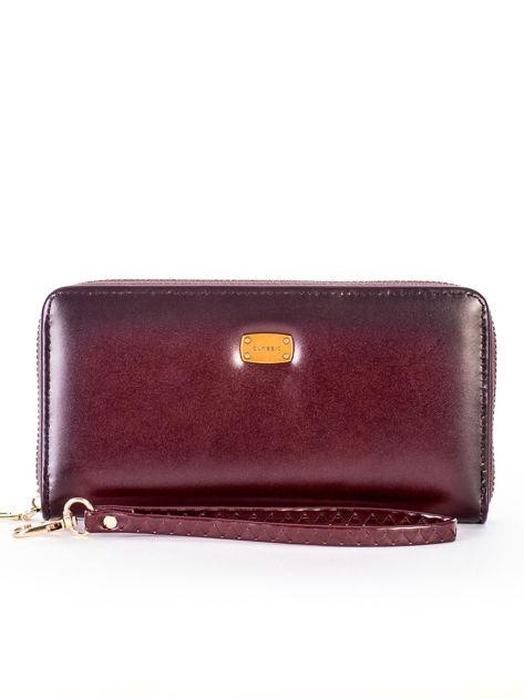 Brązowy cieniowany portfel z uchwytem