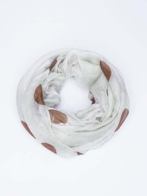 Brązowy komin w grochy z lekkim efektem tie-dye                                  zdj.                                  2