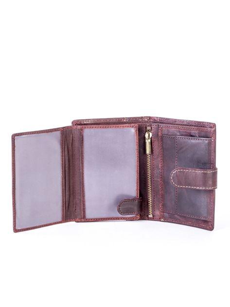 Brązowy portfel męski ze skóry z pionowym tłoczeniem                              zdj.                              5
