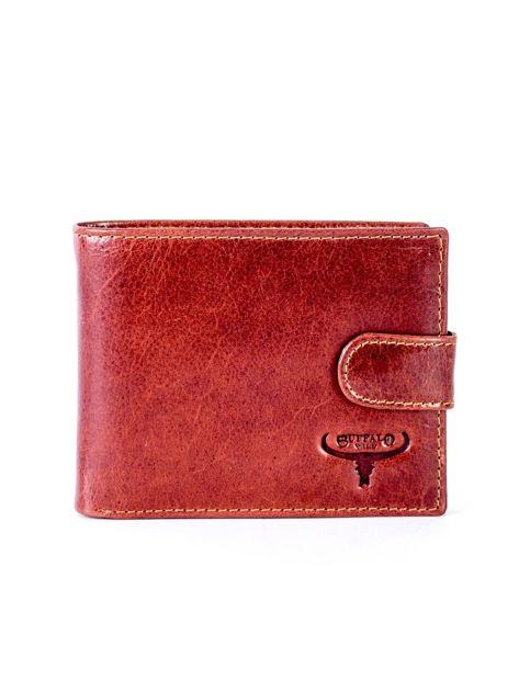 Brązowy portfel skórzany z zapięciem                              zdj.                              1