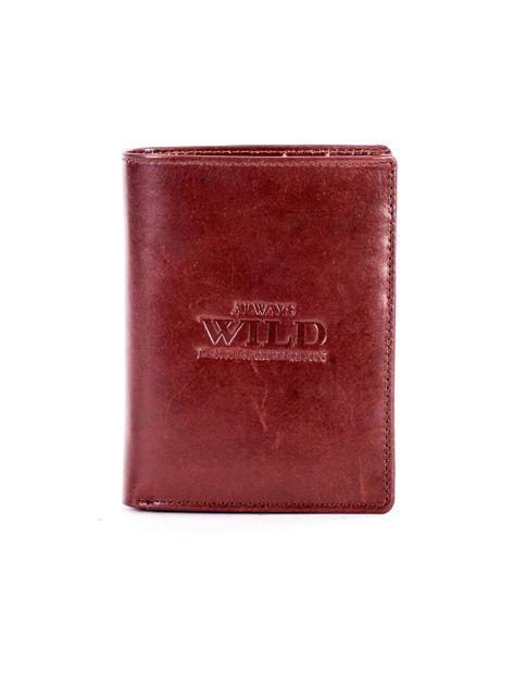 Brązowy portfel ze skóry naturalnej z napisem                              zdj.                              1
