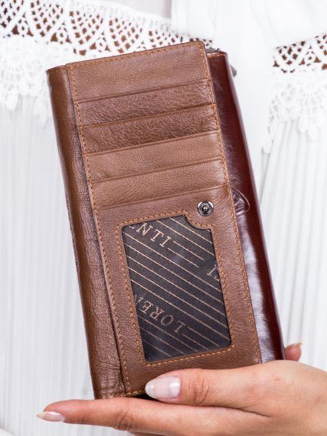 Brązowy skórzany portfel w tłoczone motyle                              zdj.                              3