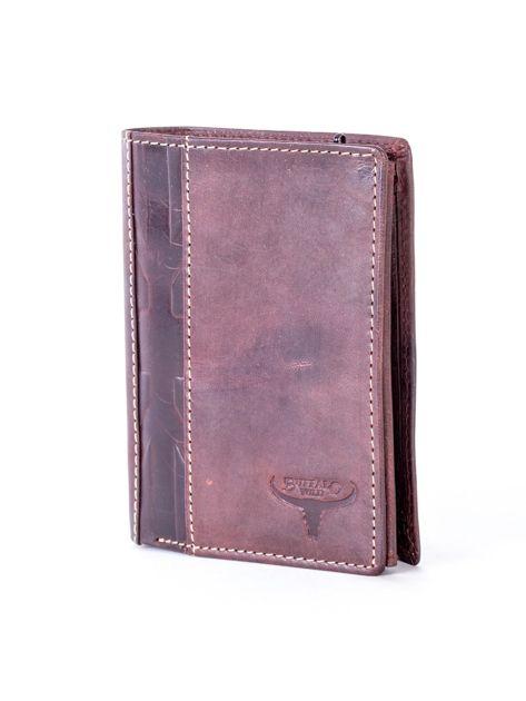 Brązowy skórzany portfel z pionowym tłoczeniem                              zdj.                              3