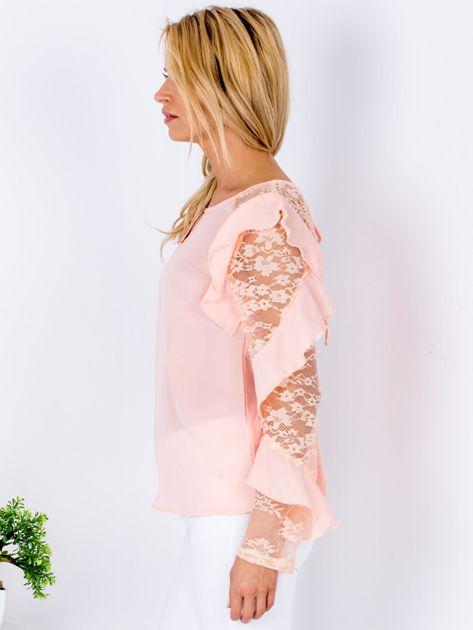 Brzoskwiniowa bluzka z falbanami i koronkowymi rękawami                              zdj.                              5