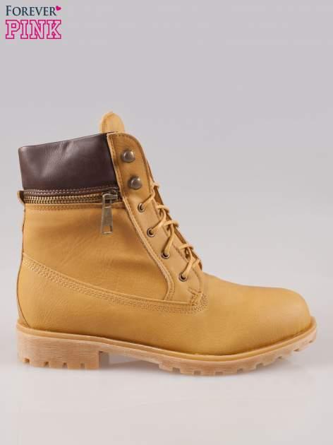 Camelowe buty trekkingowe damskie typu traperki z zamkiem                                  zdj.                                  1