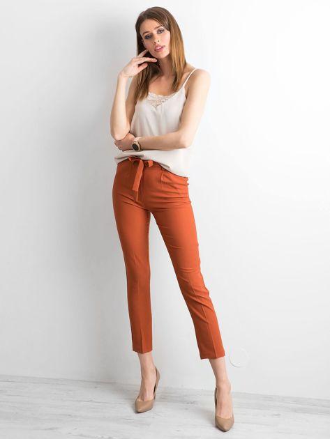 Ceglaste spodnie z wiązaniem                              zdj.                              4