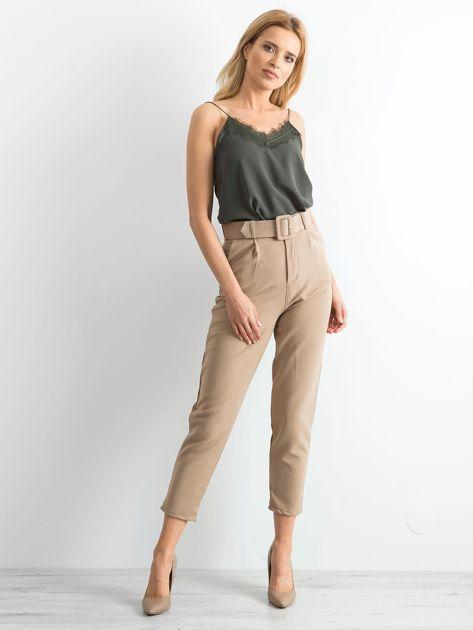 Ciemnobeżowe spodnie high waist                              zdj.                              4