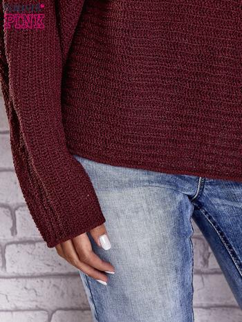 Ciemnoczerwony sweter oversize z rozcięciami po bokach                                  zdj.                                  8