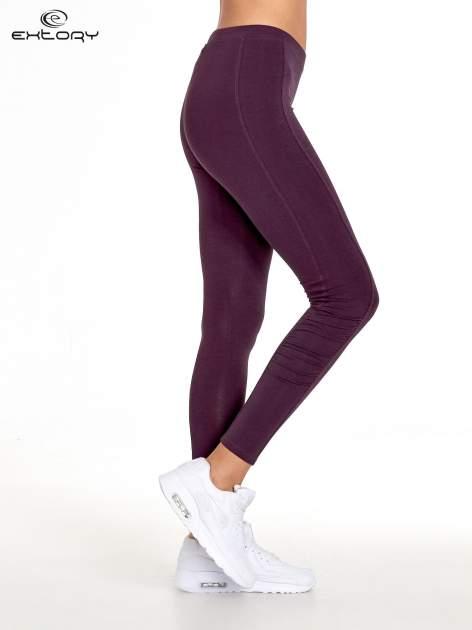 Ciemnofioletowe legginsy sportowe z drapowaniem                                  zdj.                                  2