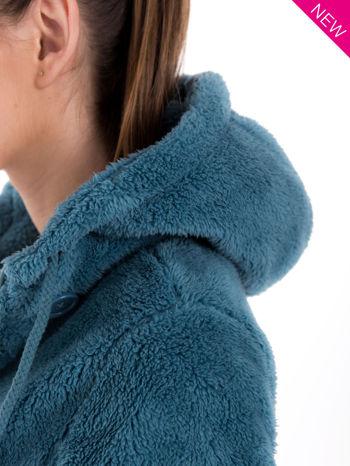 Ciemnoniebieska bluza futerkowa z kapturem i rękawami z otworem na kciuk                                  zdj.                                  5