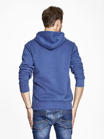 Ciemnoniebieska bluza męska z kapturem z motywem whiskey                              zdj.                              4