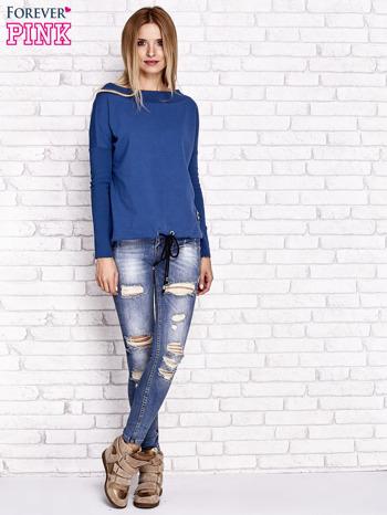 Ciemnoniebieska bluza z szerokim ściągaczem i troczkami                                  zdj.                                  4