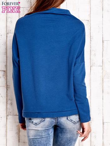 Ciemnoniebieska bluzka oversize z troczkami                                  zdj.                                  4