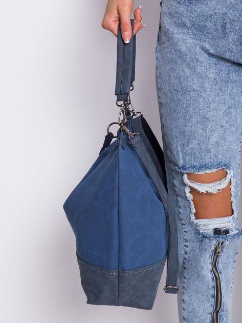 Ciemnoniebieska klasyczna torba                              zdj.                              3