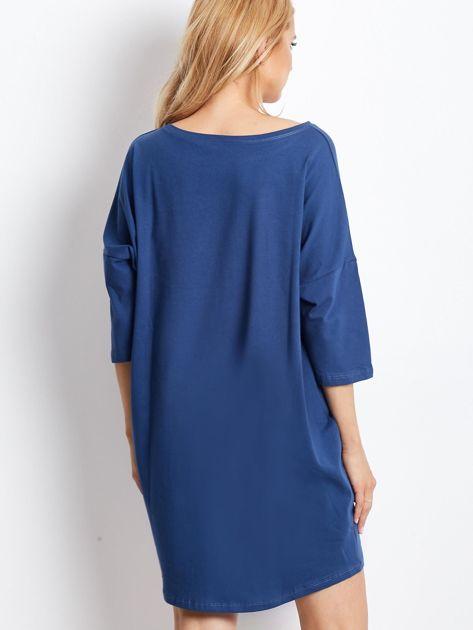 Ciemnoniebieska luźna dresowa sukienka                              zdj.                              2