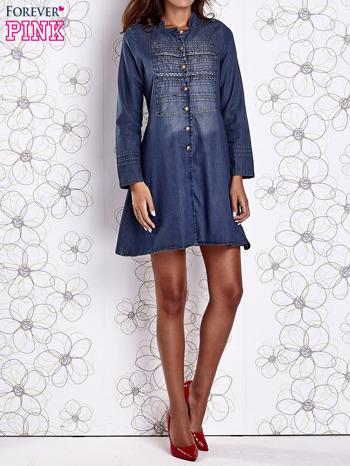 Ciemnoniebieska sukienka jeansowa z plecionymi elementami                                  zdj.                                  8