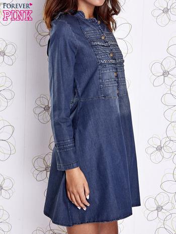 Ciemnoniebieska sukienka jeansowa z plecionymi elementami                                  zdj.                                  4