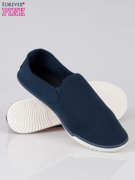 Ciemnoniebieskie sliponki na elastycznej podeszwie                                  zdj.                                  4