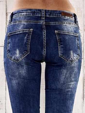 Ciemnoniebieskie spodnie jeansy marble denim                                  zdj.                                  6