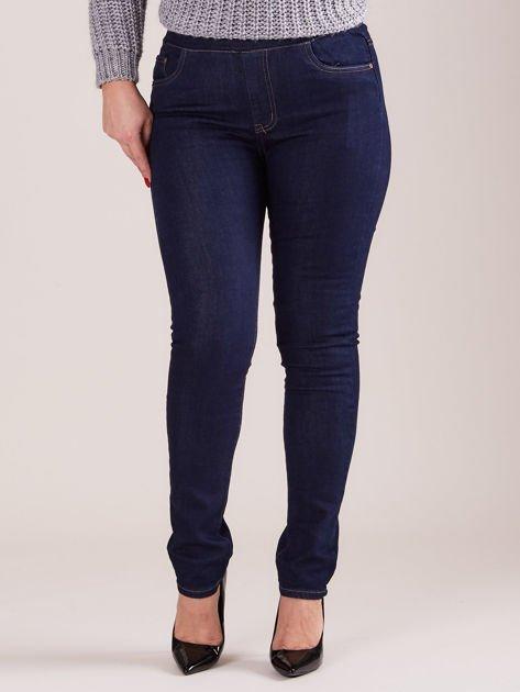 Ciemnoniebieskie spodnie z prostymi nogawkami PLUS SIZE                              zdj.                              1