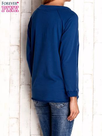 Ciemnoniebiska bluzka z troczkami                                  zdj.                                  4