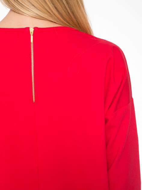 Ciemnoróżowa prosta sukienka z zamkiem z tyłu                                  zdj.                                  7